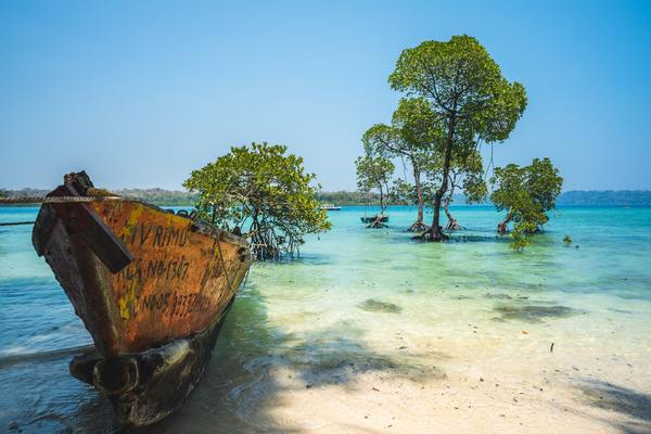 Deserted beaches of Andaman