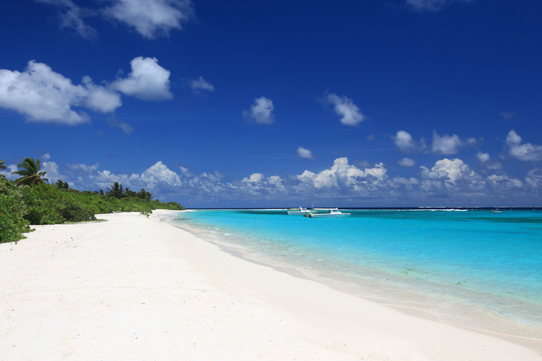 Beaches of Laamu gan were used as backdrop for filming of Star wars movie