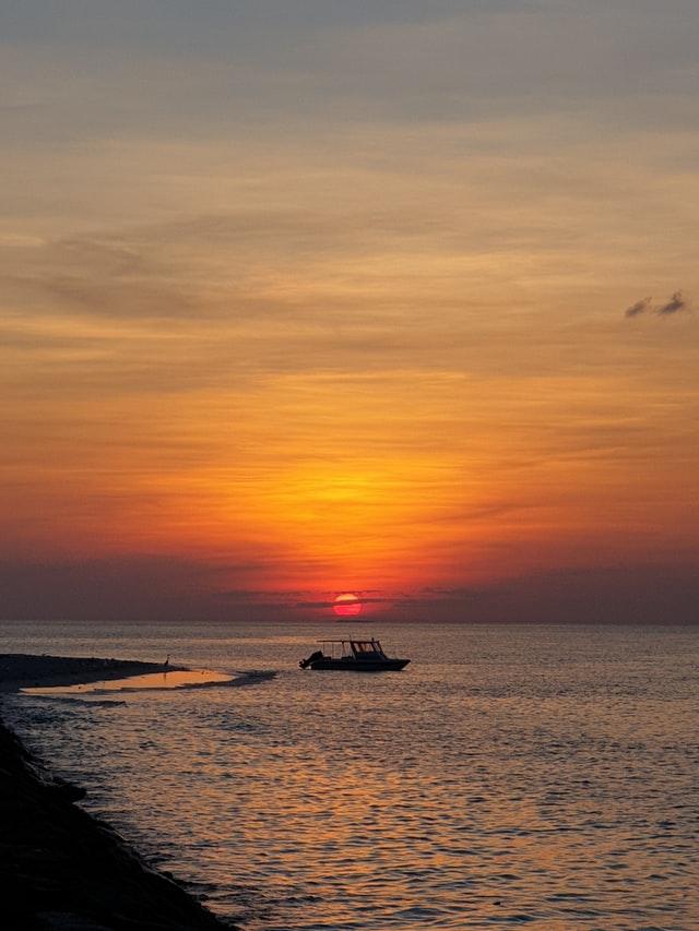 Sunset Cruise - Maldives Travel Guide